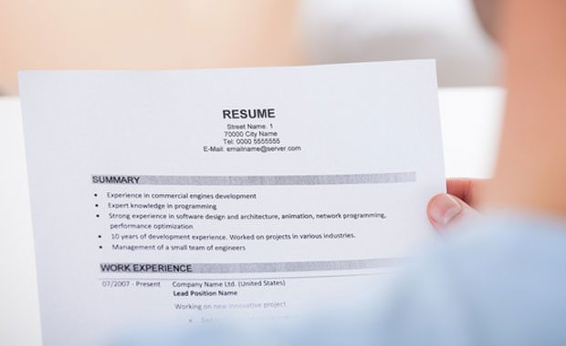 10 ways to create an impressive medical writer CV