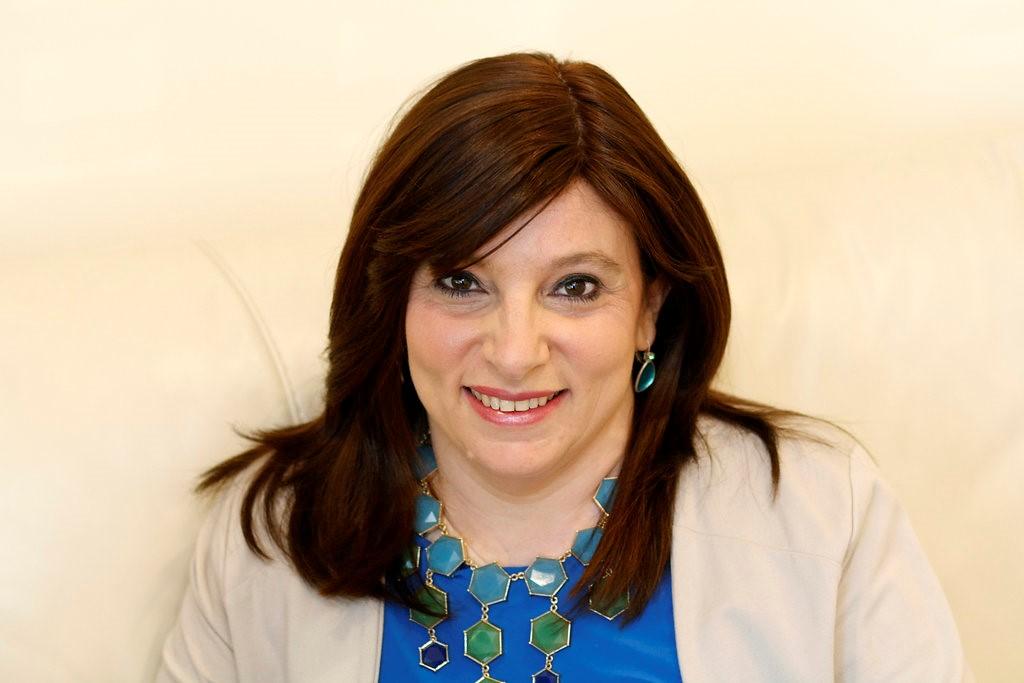 Dr Jocelyn Lowinger